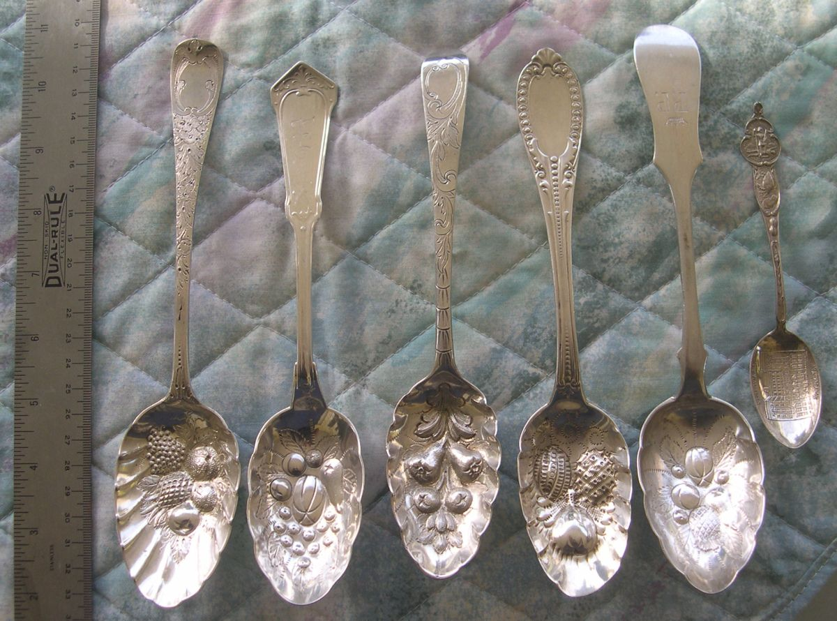 berry pattern spoons