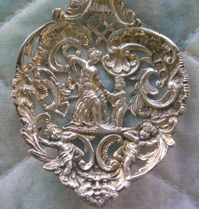 seated britannia spoon