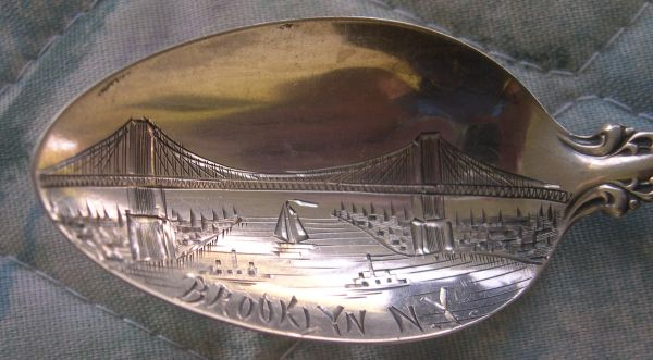 brooklyn bridge spoon