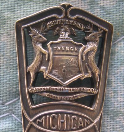 spoon coat of arms michigan