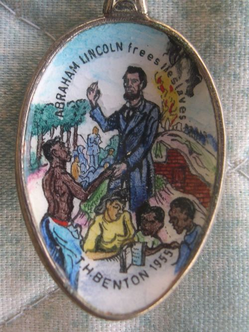 Lincoln frees the slaves spoon
