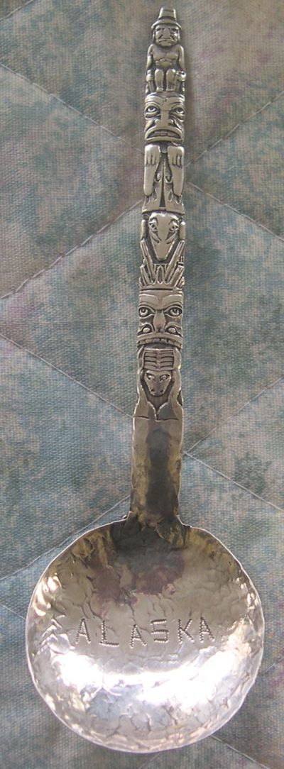 totem pole spoon